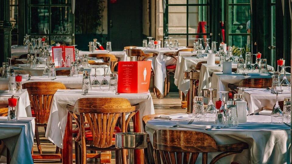 Restaurant que te comprimits frescoryl per els seus clients