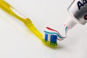 Els ingredients de les pastes de dents poden ser nocius per la teva salut