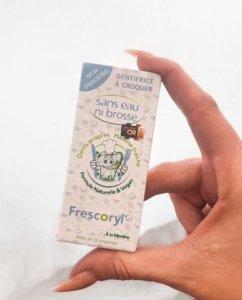 cuidar la teva salut bucodental és fàcil amb Frescoryl