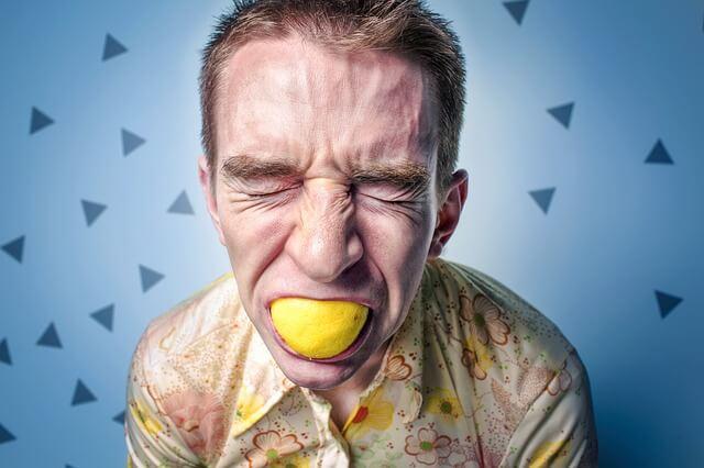Tria la pasta de dents adequada per a la sensibilitat dental